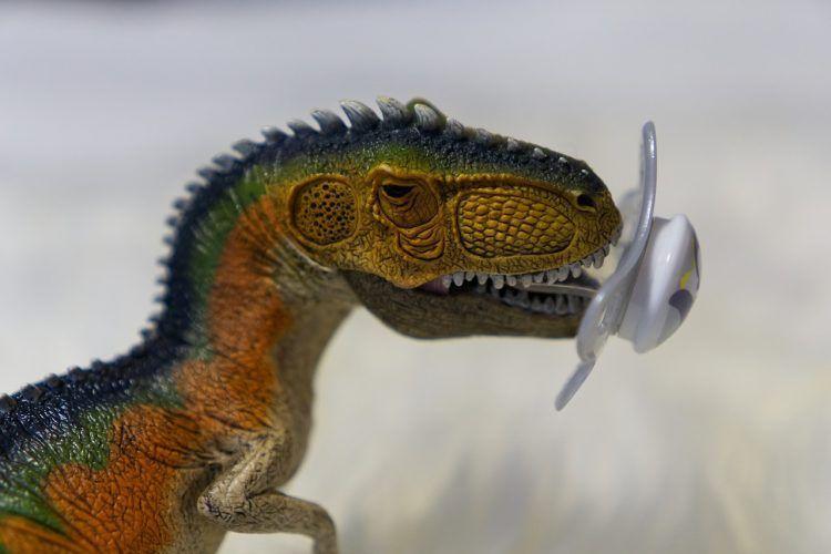 DinoRANK te desplaza y Enlazalia te enlaza.